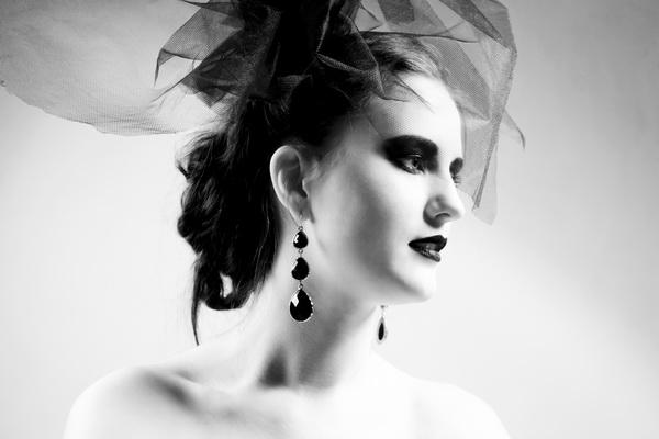 Вы просматриваете изображения у материала: Елена Зыкина, визажист-стилист